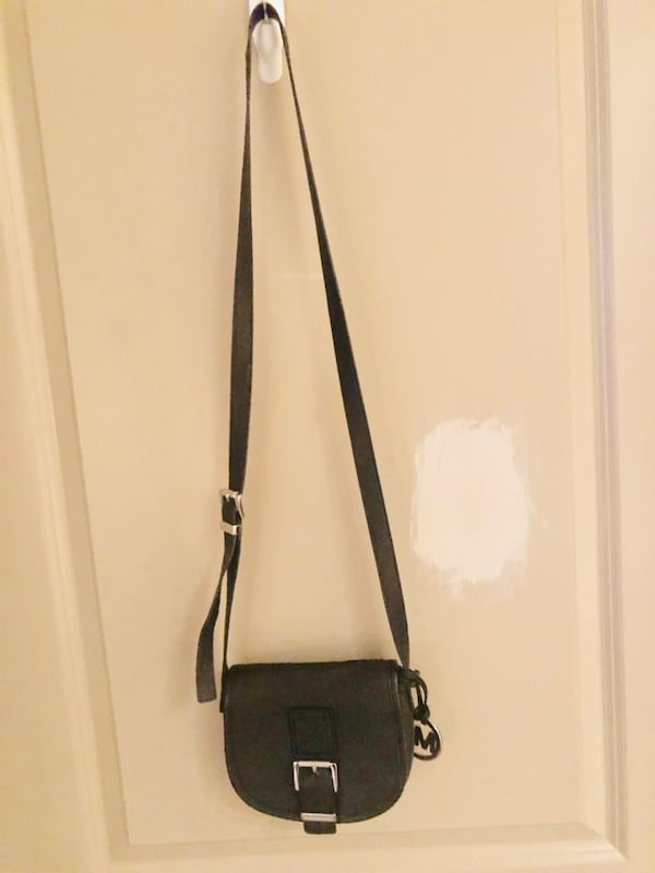 Michael Kors Crossbody Bag 1139feb5-450a-43be-aeca-50a02741ce8b