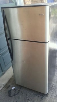 stainless steel top-mount refrigerator Brampton, L7A 2L4