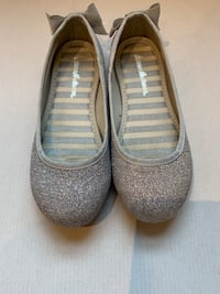 Girls silver shoes - Size 12.5 Gaithersburg, 20878
