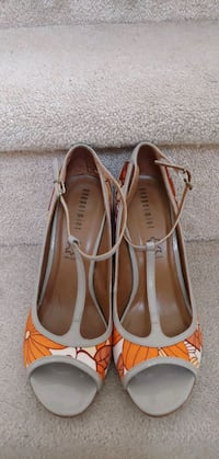women shoes  Mississauga, L5M 0P4
