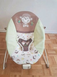 Baby seat. Never used.
