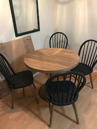 Kitchen Table and Chairs Los Angeles, 91605