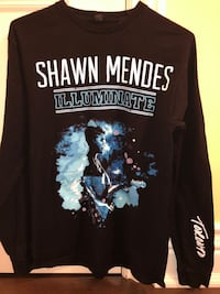 Exclusive Shawn Mendes Longsleeve Toronto, M6K 0A7