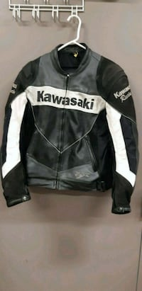 black and white Harley-Davidson leather jacket Oakville, L6H 5H7
