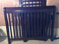 Sleigh Crib Covertable w/Pottery Barn bumper and throw Brampton