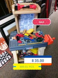 assorted color plastic toy lot Saint Charles, 63301