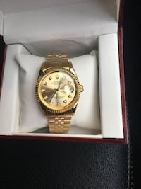 round gold-colored chronograph watch with link bracelet Hamilton, L8R 4V3