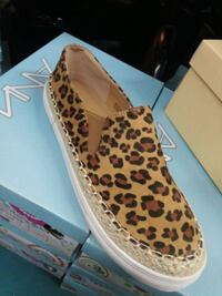 unpaired brown and black leopard print flats San Angelo