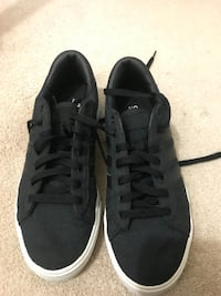 Men's adidas neo cloudfoam memory footbed size 8.5 in excellent condition Alexandria, 22310