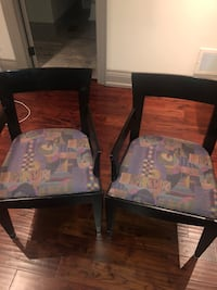 Two chairs 545 km