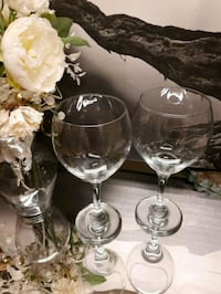 Set of two large quantity wine glasses for $5 Kingston, K7P 1A2