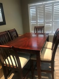 TABLE AND CHAIR SET- NEED GONE ASAP Vaughan