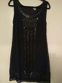 black and gray sleeveless dress Montréal, H8Y 2L2