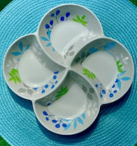 Retro Grey, Blue & Green 4 Bowl Pinwheel Melamine Tray Bethesda, MD, USA