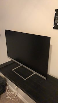 Black and gray flat screen tv Bakersfield, 93312