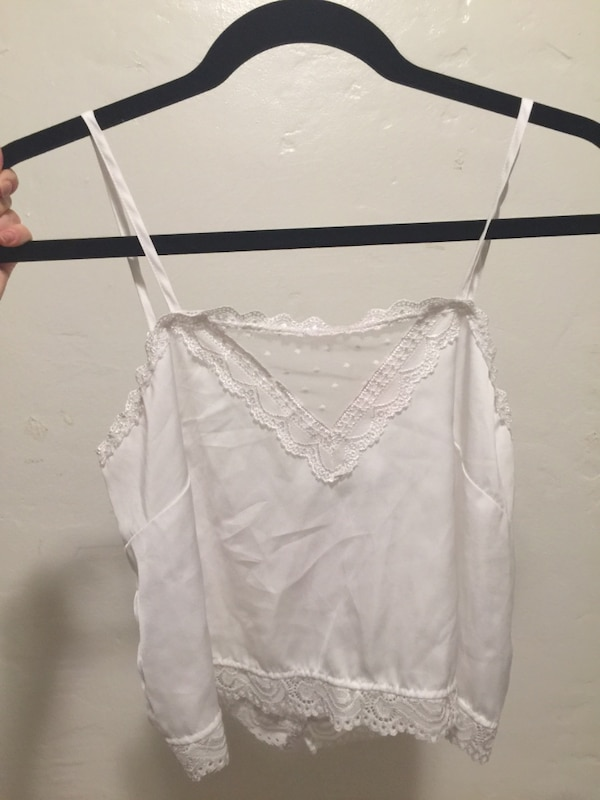 0d1d481f4f7c6c Used Brandy Melville Lace Crop Tank for sale in Berkeley - letgo