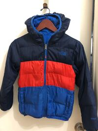 North Face Boys Down REVERSIBLE Jacket. Sz 4-6+ Toronto, M8W 3P3