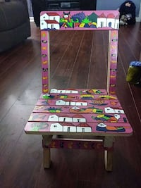 toddler's pink decorative folding chair