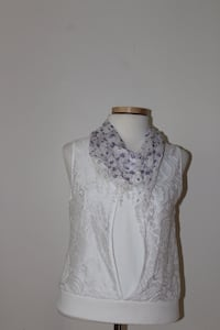 white and purple floral infinity scarf Calgary, T3B 0E2
