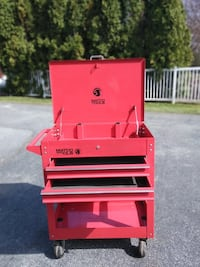 Matco tool cart with two drawers Ephrata, 17522
