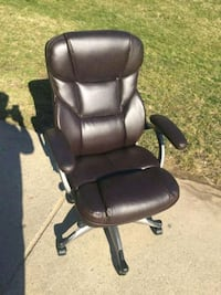 NEW office chair leather  Annandale, 22003
