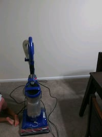 blue and gray upright vacuum cleaner Alexandria, 22303