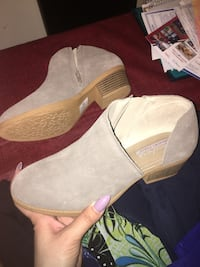 Skechers sz 8 ankle booties