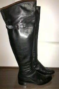 BROWNS COUTURE - Over the Knee Flat Leather Boots (7/37) Burlington, L7R 1C9