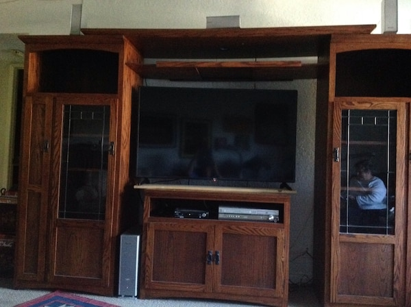 Used Mission Style Entertainment Center Must Go For In Los Angeles Letgo