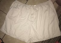 Men's used basic Editions 3XL beige shorts with tie in front located  Las Vegas, 89108