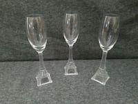 three clear glass candle holders Belleview, 34420