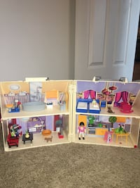 playmobil house Calgary, T2Z