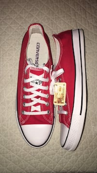 Red Converse Sneakers South Charleston, 25309