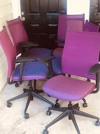 4 Chairs (Perfect Conditions) No issues. First come first serve Hampton, 23666