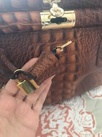 Purse made in Italy  Montréal, H3G 1B7