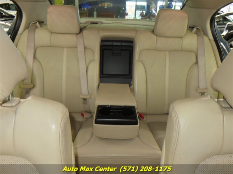 2010 Lincoln MKS AWD 9