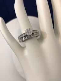 14k white gold custom crafted diamond engagement ring set *Appraised at $3,000 Vaughan, L4J 0H6
