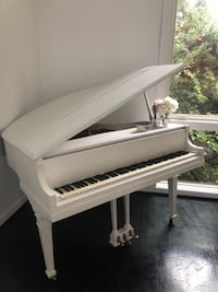 Grand White baby piano need to move originally 2000 it's Davidson's piano is tune just needs some touch ups  Bethesda, 20814