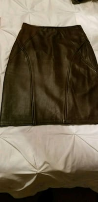 Dark brown genuine leather pencil skirt size 4 Brampton, L7A 2X5