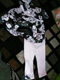 Floral outfit 9months  Oxnard