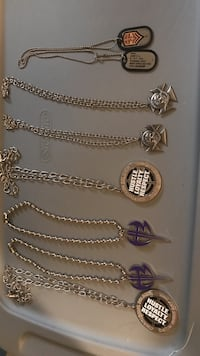 Assorted silver-colored pendant lot