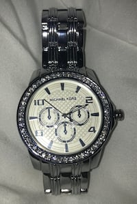 Perfect condition Michael Kors watch/ battery has ran out Coquitlam, V3H