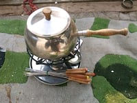Original-complete early-70s Fondue set Menlo Park, 94025