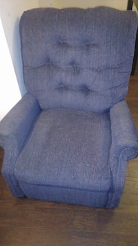 Pull out recliner