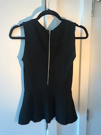 Aritzia Wilfred top  Vancouver, V6G 0B6