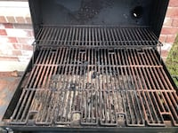 Black char-broil gas grill Friendswood, 77546