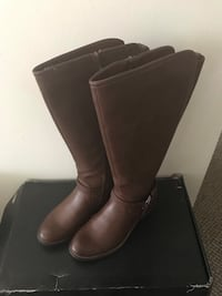 Brand new leather tall boot