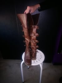 Size 7 boots with bows down the back Catasauqua