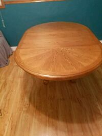 """48"""" table and 4 chairs  Melrose Park, 60160"""