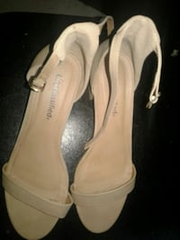 Taupe Heeled Shoes Oak Lawn, 60453
